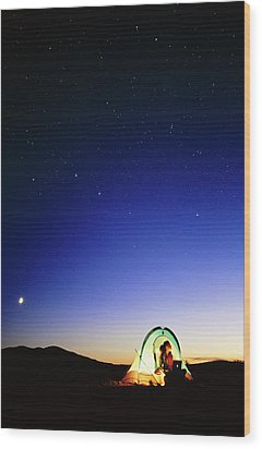 Starry Sky And Stargazer Wood Print by David Nunuk