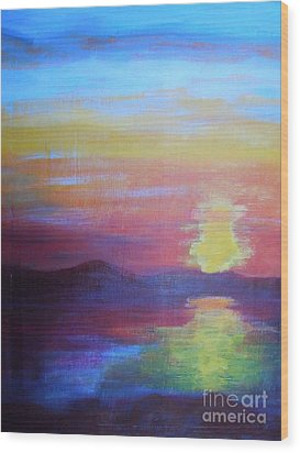 Sunrise Seascape Wood Print by Lam Lam