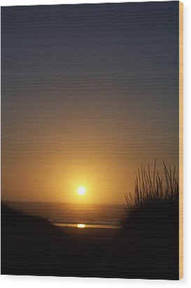 Wood Print featuring the photograph Sunset At Surfside 1 by Peter Mooyman