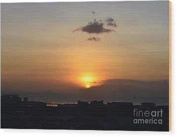 Sunset Upon The Ocean  Wood Print