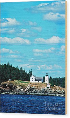 Swans Island Lighthouse Wood Print by Thomas R Fletcher