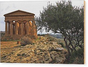 Temple Of Concordia Wood Print by Steve Bisgrove