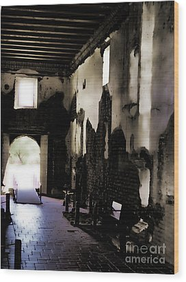 The Ghostly Nave Wood Print by Donna Greene