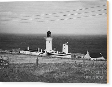 The Lighthouse At Dunnet Head Most Northerly Point Of Mainland Britain Scotland  Wood Print by Joe Fox
