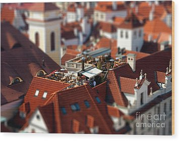 Tiny Roof Restaurant Wood Print by Joerg Lingnau