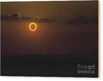 Totality During Annular Solar Eclipse Wood Print by Phillip Jones