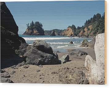 Wood Print featuring the photograph Trinidad Beach by Sharon Elliott