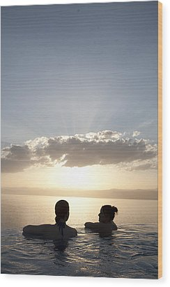 Two Friends Enjoy The Sunset Wood Print by Taylor S. Kennedy