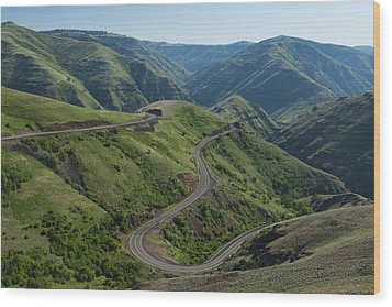 Usa, Washington, Asotin County, Mountain Road Wood Print by Gary Weathers