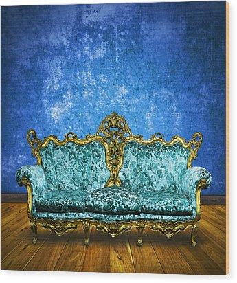 Victorian Sofa In Retro Room Wood Print by Setsiri Silapasuwanchai