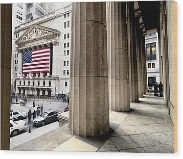 Wall Street And The New York Stock Wood Print by Justin Guariglia