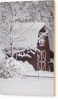 Winter Barn Wood Print by Cheryl Cencich