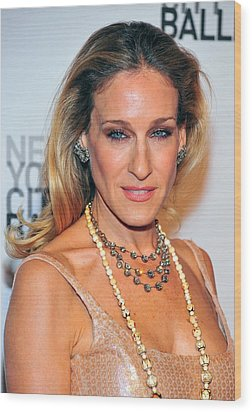 Sarah Jessica Parker At Arrivals Wood Print by Everett