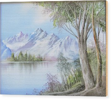 1116b  Mountain And Lake Wood Print by Wilma Manhardt