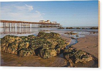 Hastings Pier Wood Print by Dawn OConnor