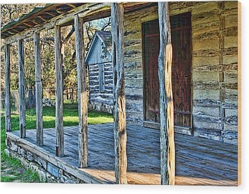 1860 Log Cabin Porch Wood Print by Linda Phelps