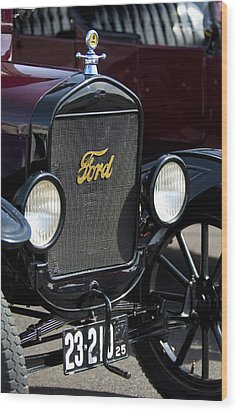 1925 Ford Model T Coupe Grille Wood Print by Jill Reger