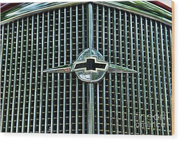 1934 Chevrolet Grill  Wood Print by Paul Ward
