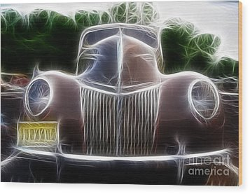 1939 Ford Deluxe Wood Print by Paul Ward