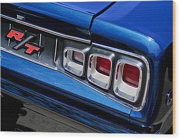 1968 Dodge Coronet Rt Hemi Convertible Taillight Emblem Wood Print by Jill Reger