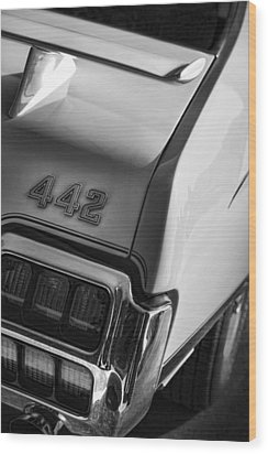 1972 Oldsmobile Cutlass 442 Wood Print by Gordon Dean II
