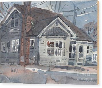 Abandoned House Wood Print by Donald Maier