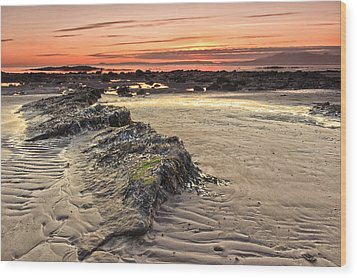 Ardrossan Sunset Wood Print by Fiona Messenger