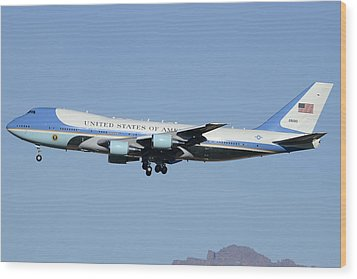Boeing Vc-25a 82-8000 Air Force One Phoenix-mesa Gateway Airport January 25 2012 Wood Print by Brian Lockett