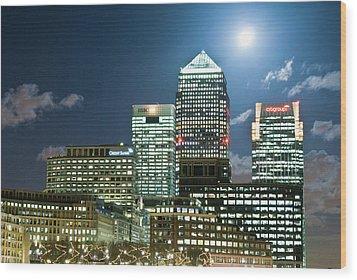 Canary Wharf At Night Wood Print by John Harper