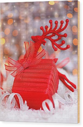 Christmas Gift Wood Print by Anna Om
