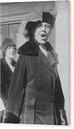 First Lady Florence Harding 1860-1924 Wood Print by Everett