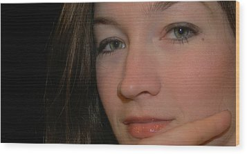 Green Eyes Wood Print by Robert Ulmer