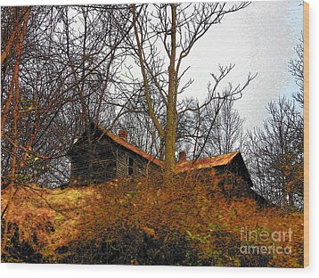 House On The Hill Wood Print by Joyce Kimble Smith
