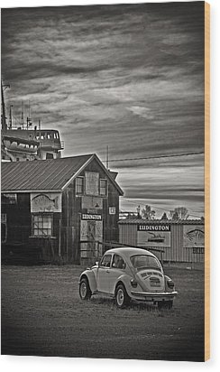 Wood Print featuring the photograph Lonely Vw by Randall  Cogle