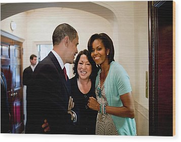 President And Michelle Obama Wood Print by Everett