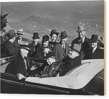 President Franklin D. Roosevelt In Car Wood Print by Everett