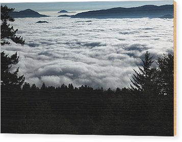 Wood Print featuring the photograph Valley Of The Clouds by Doug McPherson