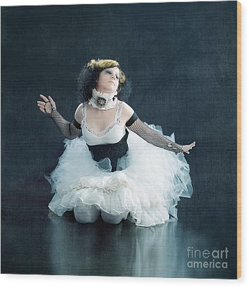 Vintage Dancer Series Wood Print by Cindy Singleton