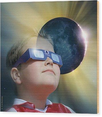 Watching Solar Eclipse Wood Print by Detlev Van Ravenswaay
