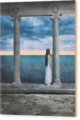 Young Woman As A Classical Woman Of Ancient Egypt Rome Or Greece Wood Print by Jill Battaglia