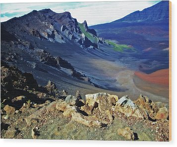 Haleakala Crater In Maui Hawaii Wood Print by Sheila Kay McIntyre