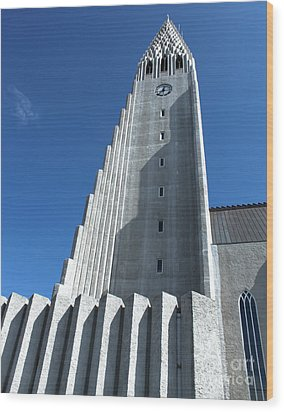 Hallgrimskirkja Church - Reykjavik Iceland  Wood Print by Gregory Dyer