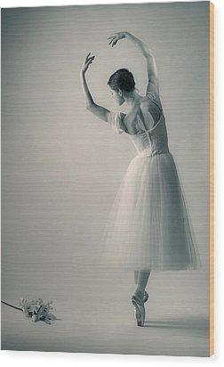 La Giselle Wood Print by Nikolay Krusser