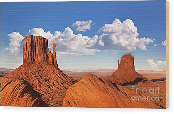Monument Valley Wood Print by Jane Rix