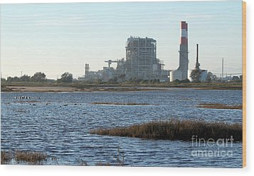 Power Station Wood Print by Henrik Lehnerer