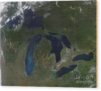 Satellite View Of The Great Lakes Wood Print by Stocktrek Images