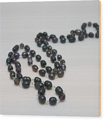 3613 Peacock Freshwater Pearl Rope Length Necklace  Wood Print by Teresa Mucha