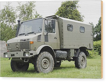 Unimog Truck Of The Belgian Army Wood Print by Luc De Jaeger
