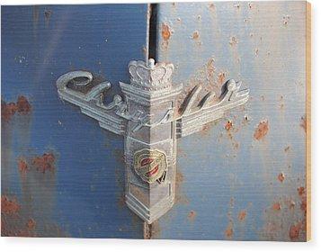 48 Chrysler Hood Emblem Wood Print by Gordon H Rohrbaugh Jr