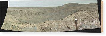Panoramic View Of Mars Wood Print by Stocktrek Images